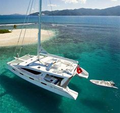 fully crewed catamaran sailing vacations in the Caribbean