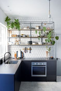 extraordinary kitchen design ideas for you that really like cozy and fresh kitchen page 21 Home Decor Kitchen, Interior Design Kitchen, Kitchen Furniture, Home Kitchens, Kitchen Dining, Kitchen Ideas, Kitchen Cabinets, Island Kitchen, Kitchen Layout