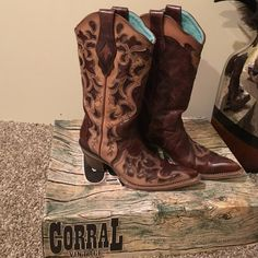SALE Corral Vintage Rust Maipo/choc tooled La Super cute cowboy boots. Pointed toes. They have about 2 inch heel. Turquoise inside. The box and protective bags are included. Only worn a few times, the toes have some marks on them. Corral Vintage  Shoes Heeled Boots
