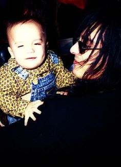 Nikki Sixx with his first son Gunner I'm sure he is an awesome father ♥ Motley Crue Nikki Sixx, Vince Neil, Sexy Men, Hot Men, Glam Rock, Mtv, Heavy Metal, Hot Guys, Babe