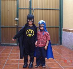 Un par de súper héroes muy singular...