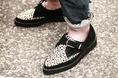 I don't normally like animal prints....I would make an exception for these.