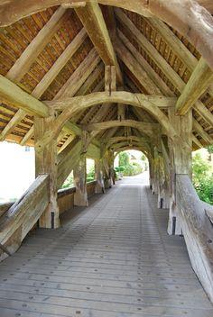 Zwingen.Vieux pont en bois.