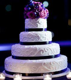 A beautiful, elegant and classic wedding cake!  Photo courtesy of Studio Nine Photography.