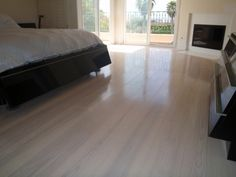 Wide plan ash wood floor (bedrooms)