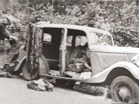 Bonnie & Clyde's blood-soaked death car creates 80 years of drama...would be awesome to go visit in Volo, IL