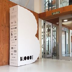 Display and Cardboard design . Big letter for fashion event. BLOQUE. Structural design in cardboard by cartonlab.