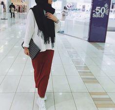 hijab and islam image Modern Hijab Fashion, Street Hijab Fashion, Islamic Fashion, Muslim Fashion, Modest Fashion, Fashion Outfits, Modest Wear, Modest Dresses, Modest Outfits