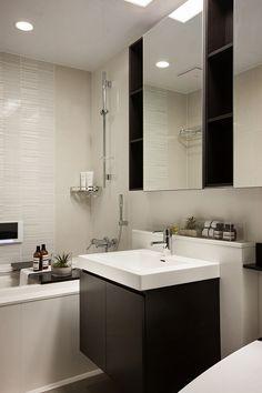 Badezimmer Grau Mosaik Fliesen Badezimmerschränke Holz #wandverkleidung  #wall #modern #house | Wandgestaltung | Pinterest | Wooden Walls, Ceiling  And Wood ...