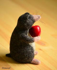Needle felted Mole with apple by Krupennikova Oxana. Войлочная игрушка Крот с яблоком, Крупенникова Оксана.
