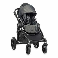 The most versatile stroller available, the Baby Jogger City Select Deluxe is designed to keep your family rolling as it grows with over 16 possible configurations.