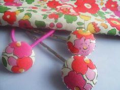 Lovely*+Haargummi+und+Haarspangen+Blumen+von+Happy+Lilly+auf+DaWanda.com