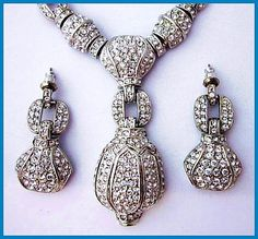Vintage High End Paula Baker Crystal Rhinestone Fancy Necklace & Earring Demi Set EX