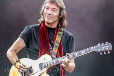 ALISON TOON: Steve Hackett &emdash; Steve Hackett, Genesis Revisited, Cropredy 2014