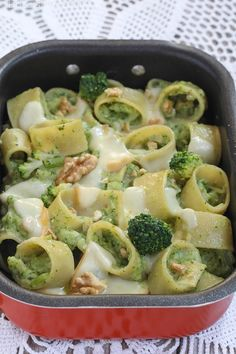 Baked Pasta with Broccoli and Provola the recipes of Dolcissima Stefy Vegetarian Salad Recipes, Veggie Recipes, Pasta Recipes, Healthy Dinner Recipes, Cooking Recipes, Pasta E Broccoli, Fettucine Alfredo, How To Cook Pasta, Pasta Dishes