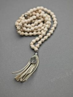 Ajlajk | kaulakoru, luonnonvalkoinen TULOSSA Tassel Necklace, Boho Chic, Jewerly, Beads, Country, Pretty, Accessories, Fashion, O Beads