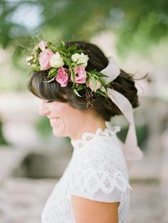 Sweet and simple: http://www.stylemepretty.com/2015/06/03/20-bridal-flower-crowns-we-love/