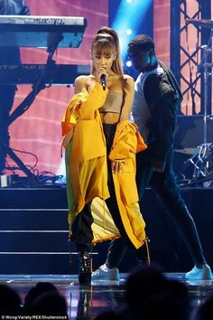 [HQ'S] Ariana Grande performing at the 2016 iHeart Radio Music Festival, September 25th.