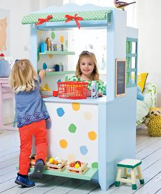 This adorable play shop is sure to provide hours of entertainment for youngsters. Made with 16mm MDF, you can paint in your choice of colour and add shelves and accessories to kit out any type of shop. http://www.easydiy.co.za/index.php/make/519-build-a-child-s-play-shop