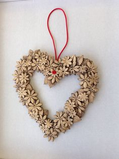 Ceramic heart wreath 18cm @ £15.00
