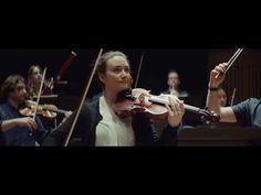 Violinista acidentada há 30 anos volta a tocar graças a tecnologia brasileira - EExpoNews