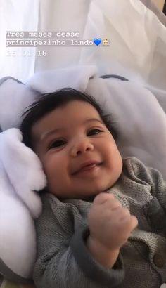 Cute Little Baby, Little Babies, Baby Kids, Kylie Jenner Car, Story Instagram, Imvu, Baby Car Seats, Poses, Children