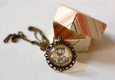 http://juliaspuellaaeterna.blogspot.com/2014/03/hearts-roses-custom-orders.html