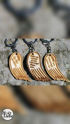 Schlüsselanhänger aus Holz mit Gravur. Hergestellt in Österreich. Kleiner Schutzengel Laser Engraving, Guardian Angels, Timber Wood, Schmuck