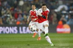Welcome to Sport Theatre: Ozil urges Arsenal to fight for every Premier Leag...