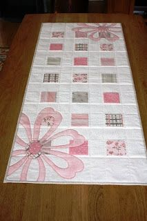 Gorgeous runner in pink and gray-beige colors -would make a beautiful baby blanket ***