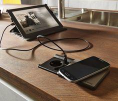 Indukční dokovací stanice zajistí smartphony a tablety v pohotovostním režimu, takže jsou připraveny k použití vždy, když jsou potřebné – dokonce i bez nabíjecího kabelu.