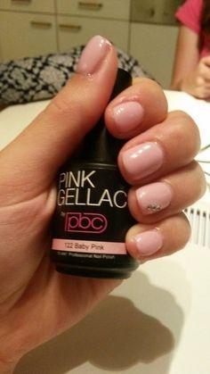 Pink Beauty Club heeft de foto van Paulien Boutens gedeeld.
