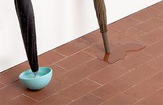 the-umbrella-and-the-container-cup-design-designboom-04