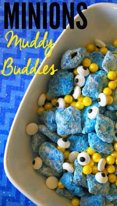 Minions Muddy Buddies are fun to make and are delicious! Kids will enjoy this delicious treat as a snack. Minions Muddy Buddies would also be great if you are having a Minions themed party too! Despicable Me Party, Minion Party, Minion Treats, Minion Food, Minion Theme, Minion Birthday, 2nd Birthday Parties, Birthday Fun, Birthday Ideas