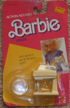 Barbie - Action Accent Blender I totally had this. Guess this is how I fell in love with baking 1980s Barbie, Barbie Doll Set, Barbie Food, Doll Food, Barbie I, Vintage Barbie Dolls, Vintage Toys, 1980s Toys, Barbie Clothes