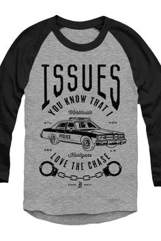 Love The Chase Raglan - Issues - Official Online Store on District LinesDistrict Lines