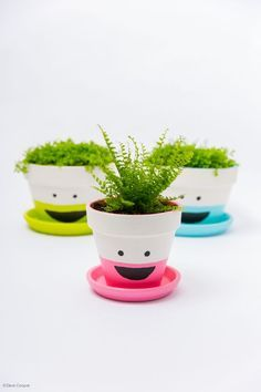 That'll Make You Smarter these flower pots are a cute and easy craft that boosts brain power!these flower pots are a cute and easy craft that boosts brain power! Clay Pot Projects, Clay Pot Crafts, Craft Projects, Painted Flower Pots, Painted Pots, Garden Crafts, Garden Art, Kids Crafts, Flower Pot People