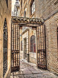 Un rincón en #Toledo, España. Muy cerca de Villa Nazules Hotel Hípica Spa