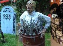 Top 30 Incredible DIY Halloween Props