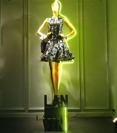 "LANVIN WOMAN,Paris France,""The Green Line-Up"", pinned by Ton van der Veer"