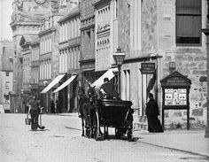 Victorian Street Ayr Scotland 1896 - that's cool! Must re-create this pic! Pictures Of People, Old Pictures, Ayr Scotland, Victorian Street, Scottish People, Paisley Scotland, Arran, Old Street, Vintage London