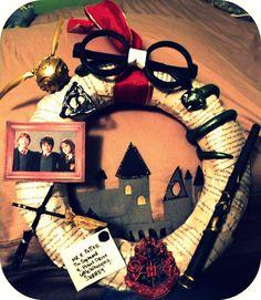 An amazing Harry Potter wreath!
