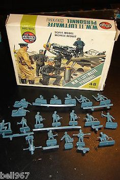 Vintage boxed 1960s AirfiX WW2 LUFTWAFFE PERSONNEL 0NLY19 PIECES HO & OO SCALE