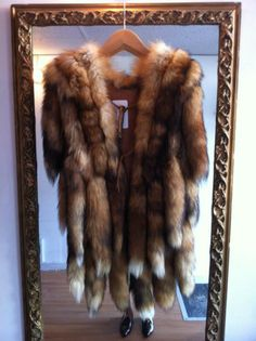 D - I - E for this vintage fox tail fur at Feathers Boutique in Austin!
