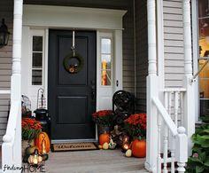 Autumn front door decor