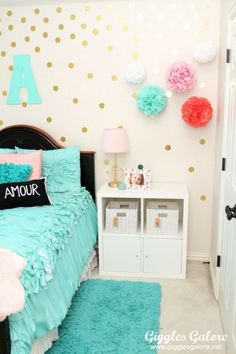 Tween Girls Bedroom Makeover - Giggles Galore Is your little girls bedroom decor ready for an update? Transform a boring room into a personalized and extraordinary Tween Girls Bedroom she will love! Turquoise Room, Girls Bedroom Turquoise, Girl Bedroom Designs, Bedroom Girls, Trendy Bedroom, Bedroom Wall, Teal Teen Bedrooms, Dream Bedroom, Dream Rooms
