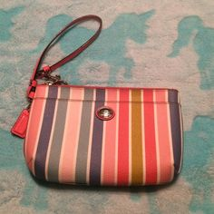 Authentic Coach Wristlet Gently Used. Coach Bags Clutches & Wristlets