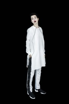 Emerging monochrome conceptual womenswear designer Susa Kreuzberger Take Your Pleasure Seriously SS17 - Erebus