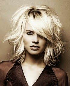 beach hair | #healthyhair #beauty #fashion | short beachy waves | www.beautyvirtualdistributor.com