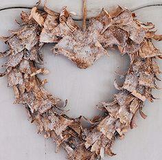 Eucalyptus bark shavings heart